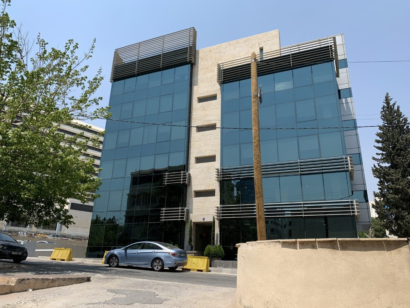295 Sqm Decorated Office for Rent